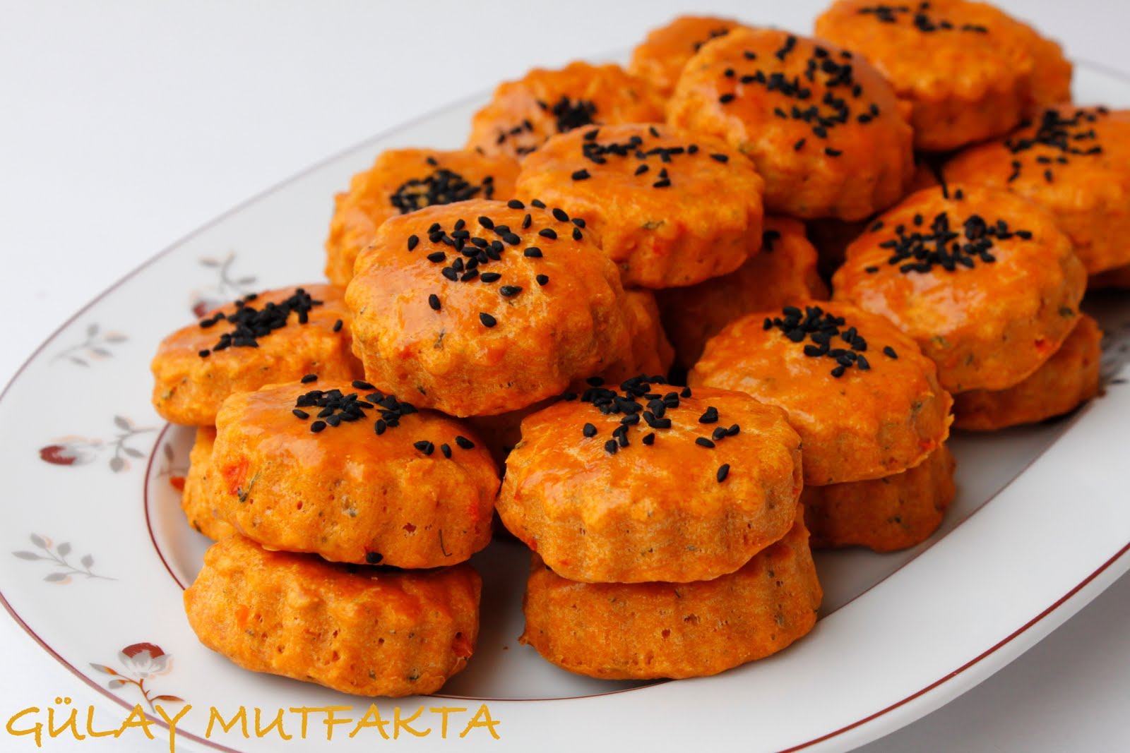 Biberli tuzlu kurabiye tarifi